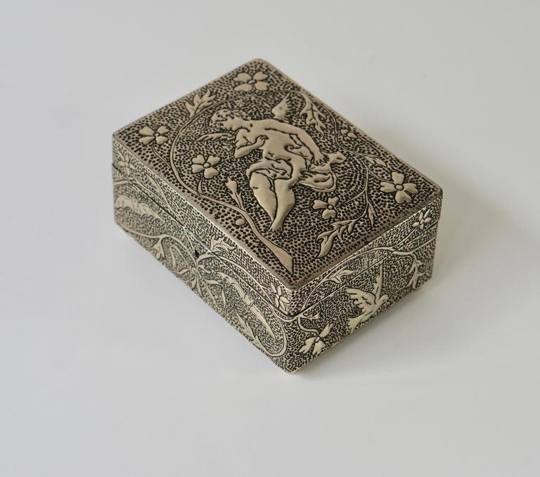France Art Nouveau Silvered Jewelry Box Casket, circa 1900 For Sale 13