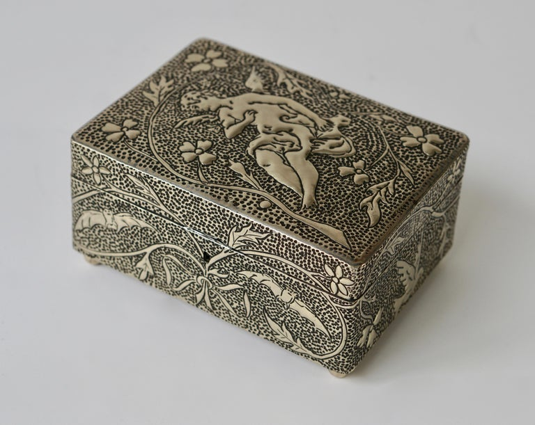 France Art Nouveau Silvered Jewelry Box Casket, circa 1900 In Good Condition For Sale In Antwerp, BE