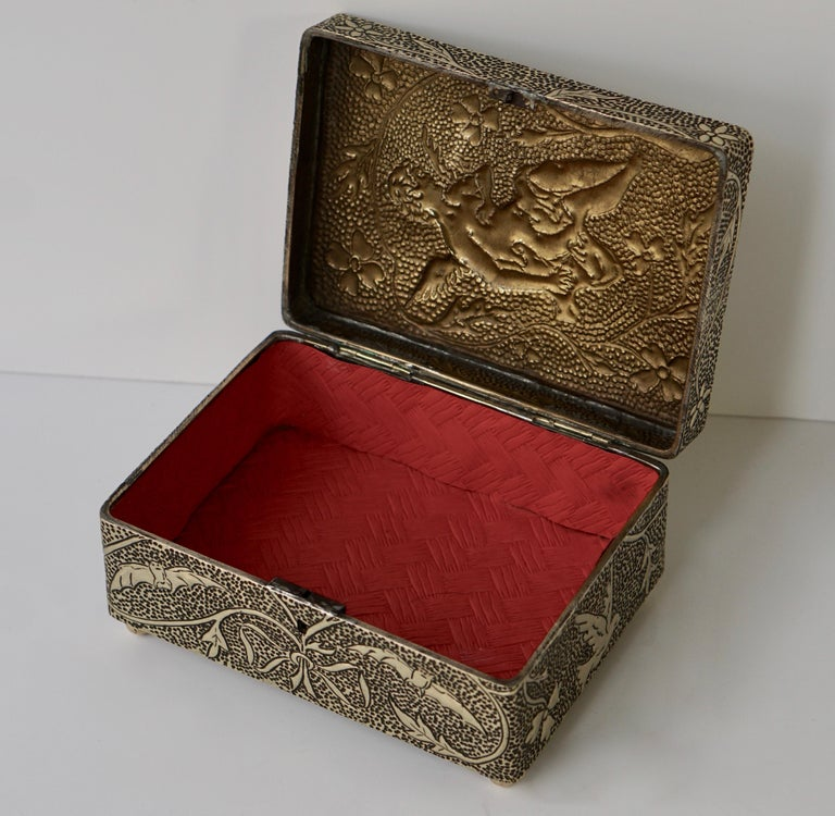 France Art Nouveau Silvered Jewelry Box Casket, circa 1900 For Sale 2