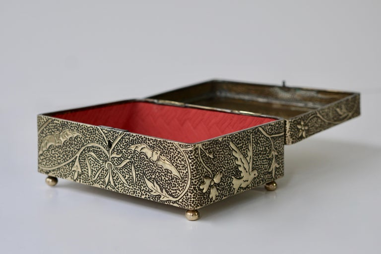 France Art Nouveau Silvered Jewelry Box Casket, circa 1900 For Sale 3
