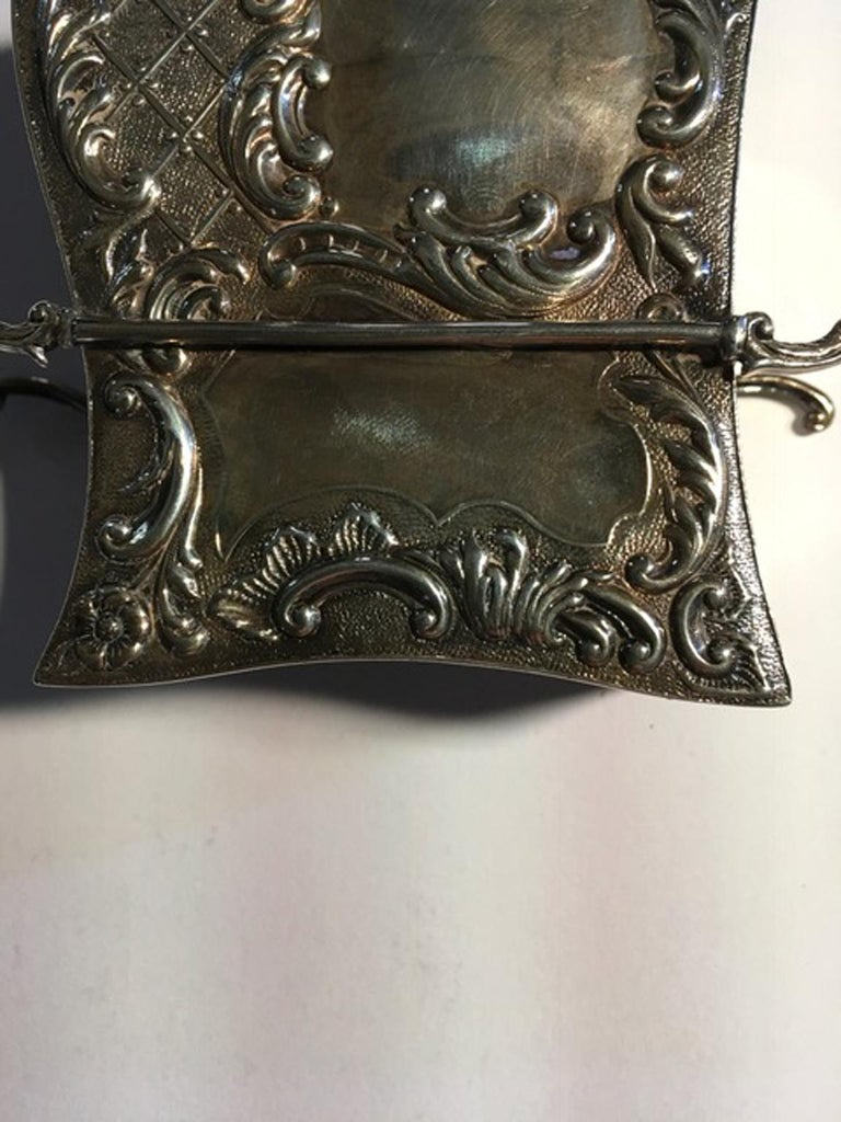 France Late 18th Century Silver Carriage Shape Box in Victorian Style For Sale 2