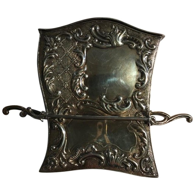 France Late 18th Century Silver Carriage Shape Box in Victorian Style For Sale