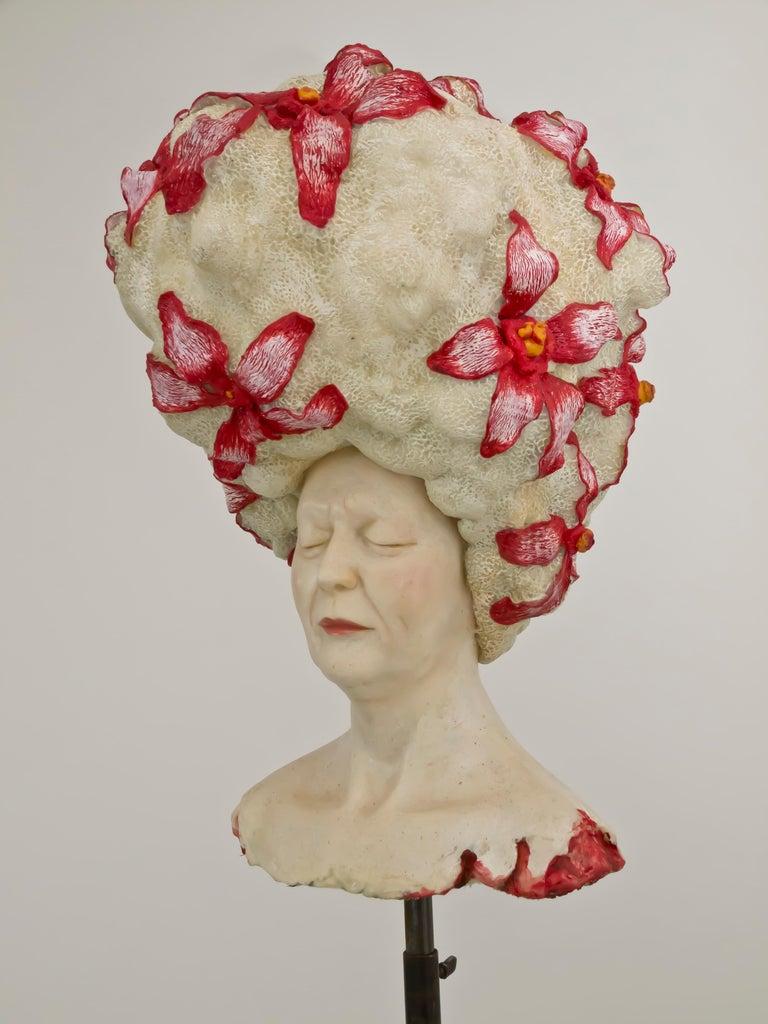 Peace - Unique Signed Sculpture - Francesca Dalla Benetta For Sale 2