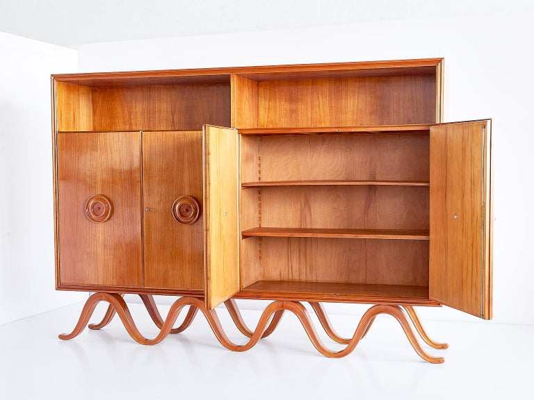 Francesco Bisacco Cabinet in Cherrywood, Turin, Italy, 1940s For Sale 3