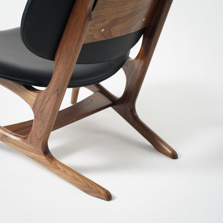 Francis Easy Chair with Walnut Frame and Leather Upholstery For Sale 1