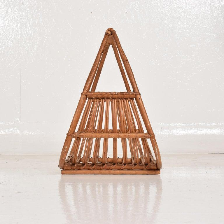 Franco Albini Leather Rattan Basket Italian Magazine Holder Rack  - 1960s Italy For Sale 1