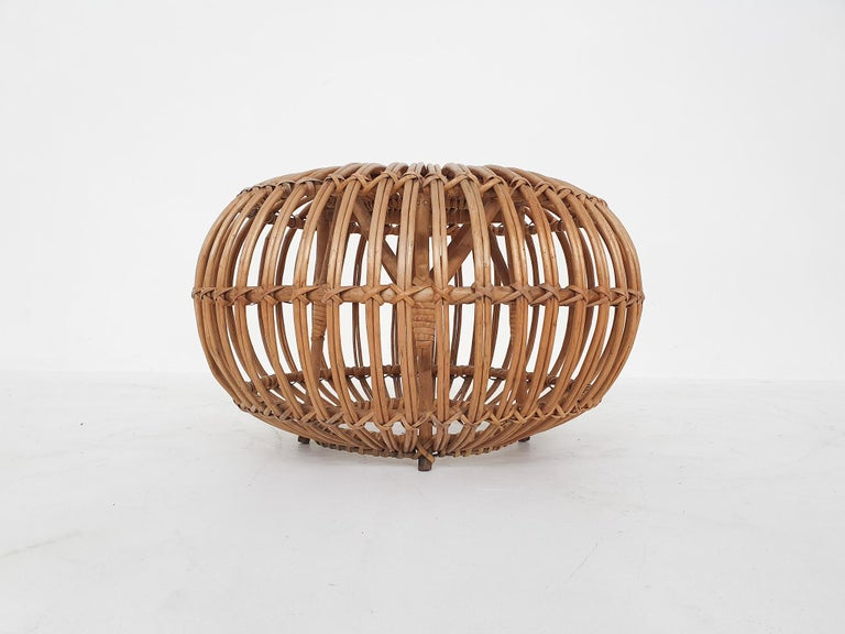 Franco Albini style rattan woven ottoman in good condition.