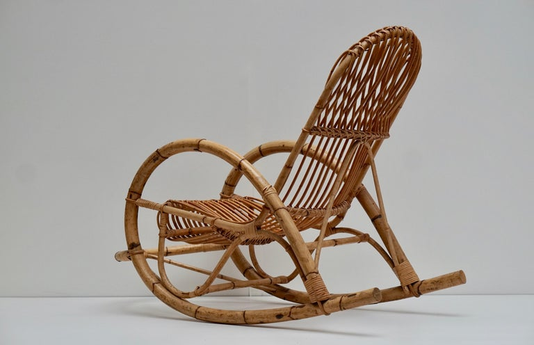 Mid-Century Modern Franco Albini Style Wicker Bamboo Rocking Chair For Sale