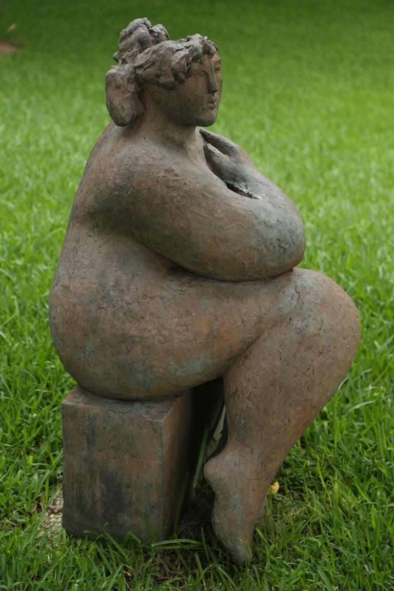 Figura Seduta For Sale 10