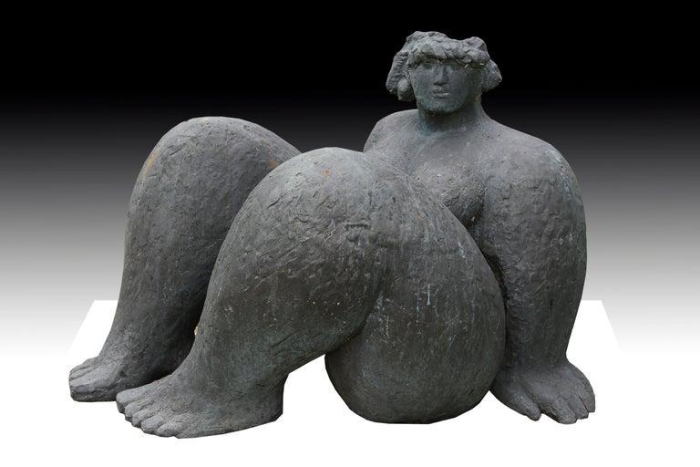 Franco Franchi Figurative Sculpture - Figura Seduta