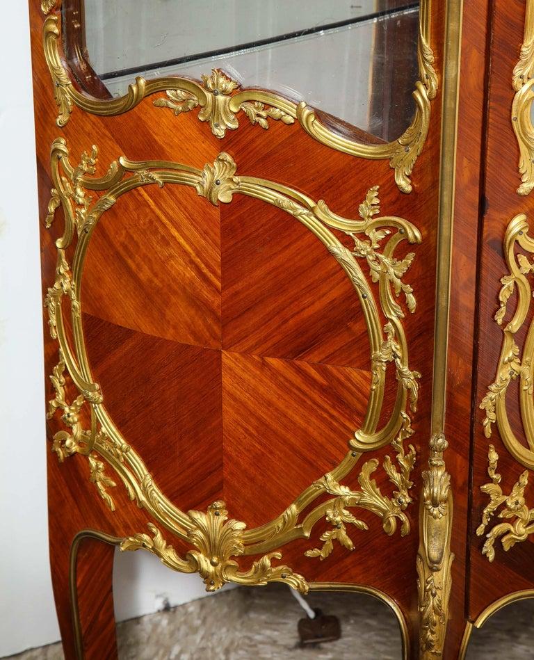 Francois Linke, an Exceptional French Ormolu-Mounted Kingwood Vitrine Cabinet For Sale 10