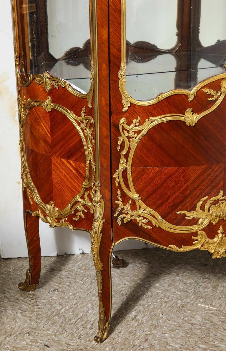 Francois Linke, an Exceptional French Ormolu-Mounted Kingwood Vitrine Cabinet For Sale 11