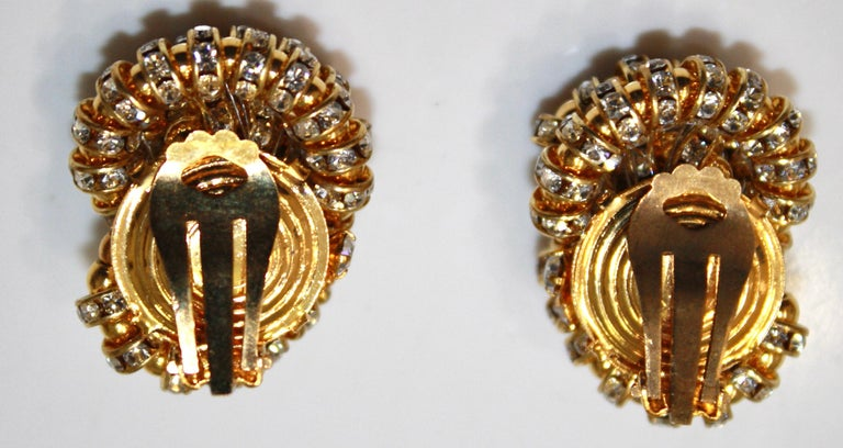 Francoise Montague large Knott Clip Earrings  In New Condition For Sale In Virginia Beach, VA