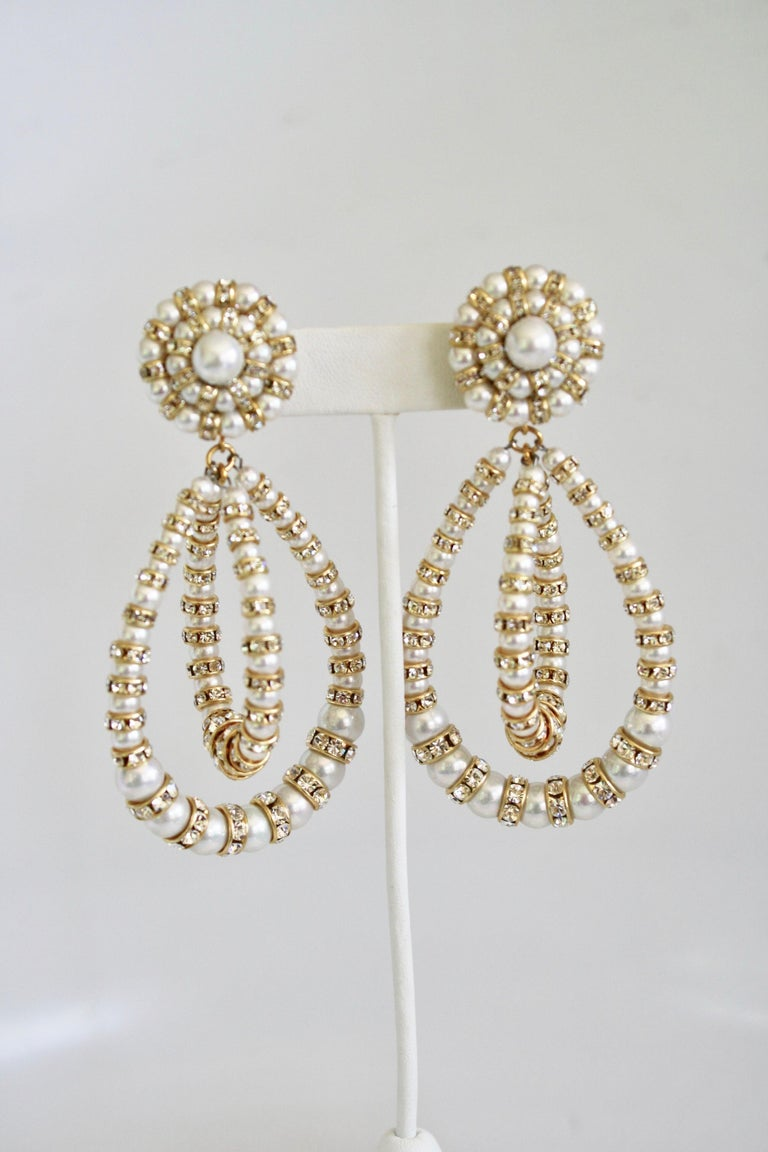 Women's Francoise Montague Large Lolita Pearl and Crystal on Gold Clip Earrings For Sale
