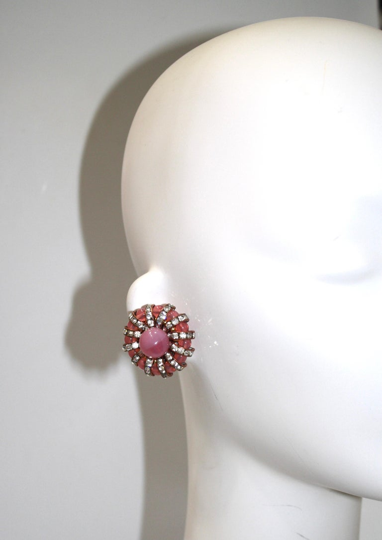 Françoise Montague  Pink Cabochons Clip Earrings  In New Condition For Sale In Virginia Beach, VA