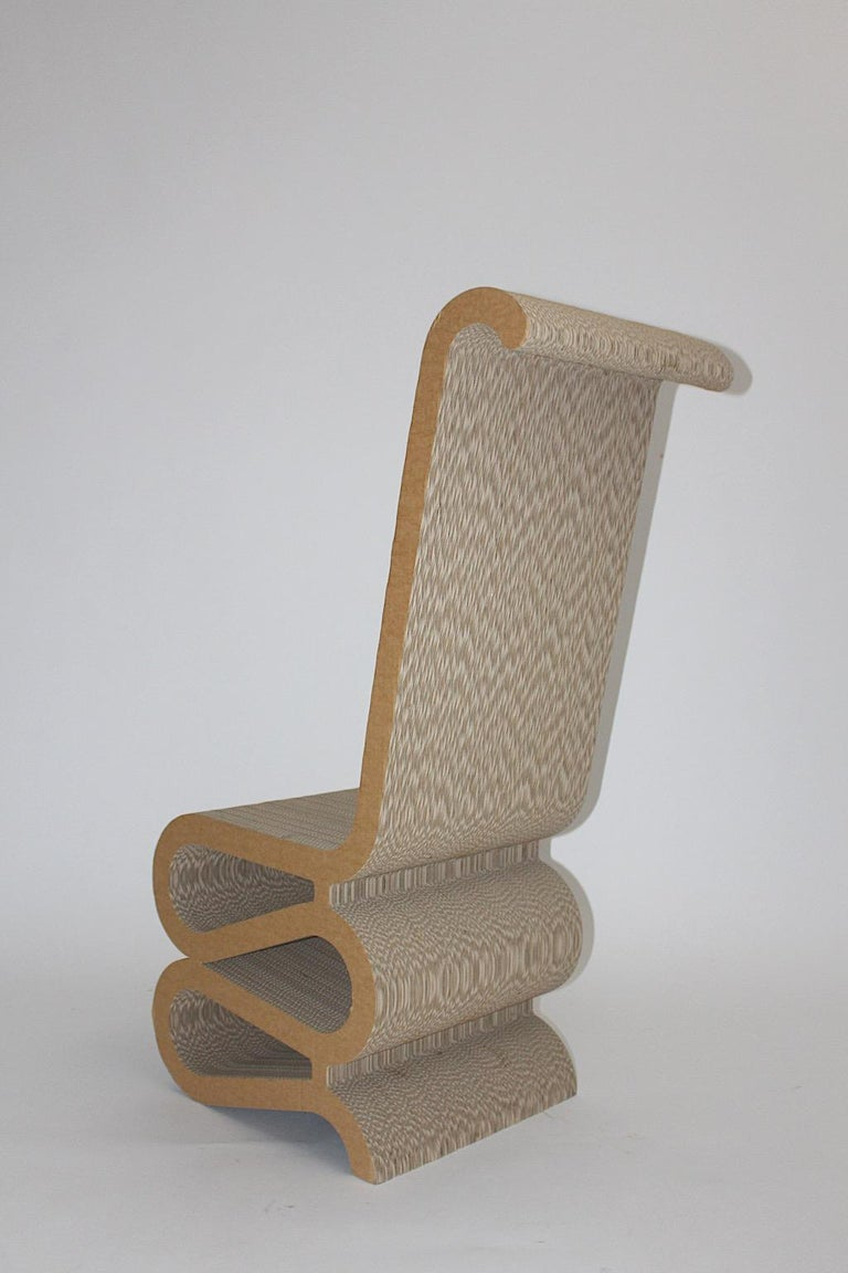 Frank Gehry Attributed Vintage Curved Cardboard Side Chair or Chair, 1970s For Sale 4