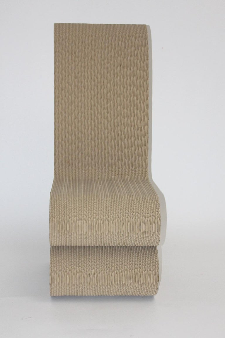 Frank Gehry Attributed Vintage Curved Cardboard Side Chair or Chair, 1970s For Sale 5