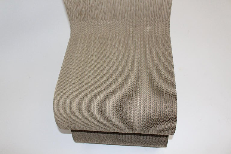 Frank Gehry Attributed Vintage Curved Cardboard Side Chair or Chair, 1970s For Sale 7