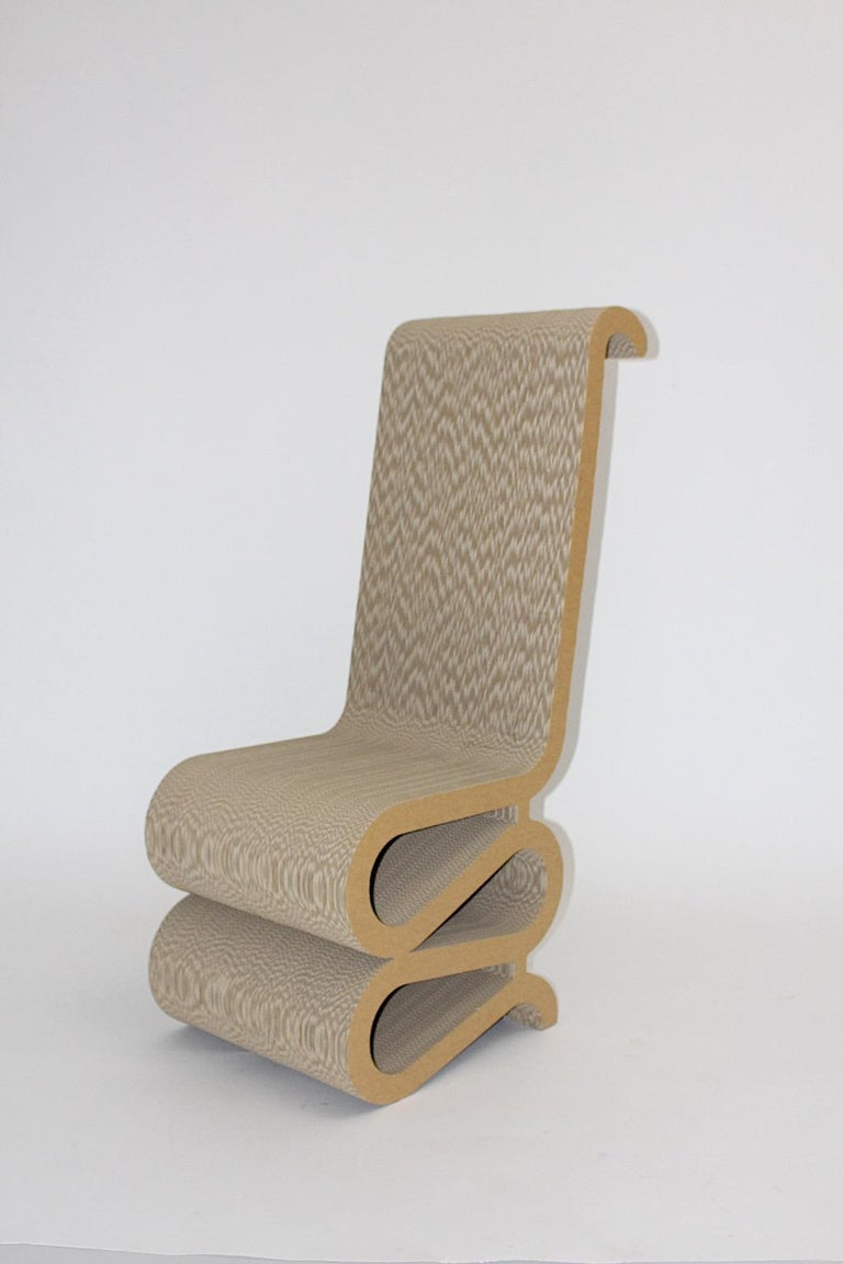 Frank Gehry Attributed Vintage Curved Cardboard Side Chair or Chair, 1970s For Sale 3