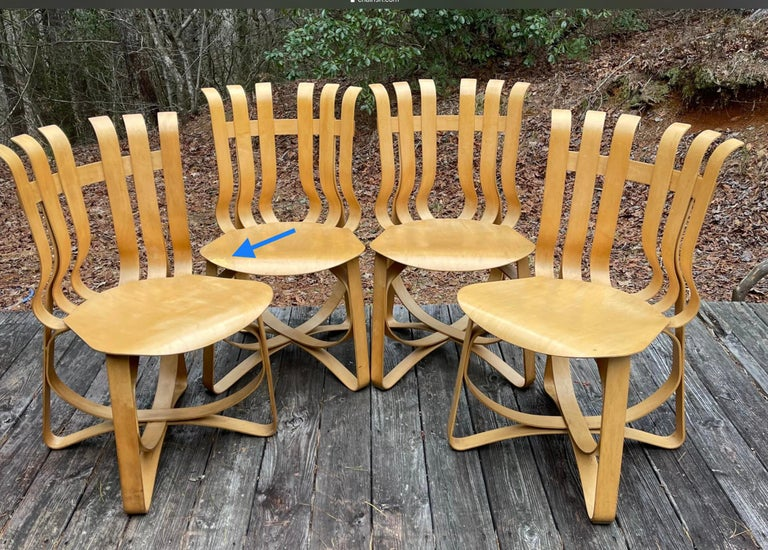 Frank Gehry for Knoll Hat Trick Chair, Set of 4, 1990 In Fair Condition For Sale In Brooklyn, NY