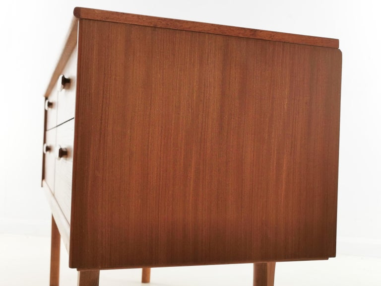 Frank Guille for Austinsuite Teak Midcentury Sideboard Chest of Drawers, 1960s In Good Condition For Sale In STOKE ON TRENT, GB