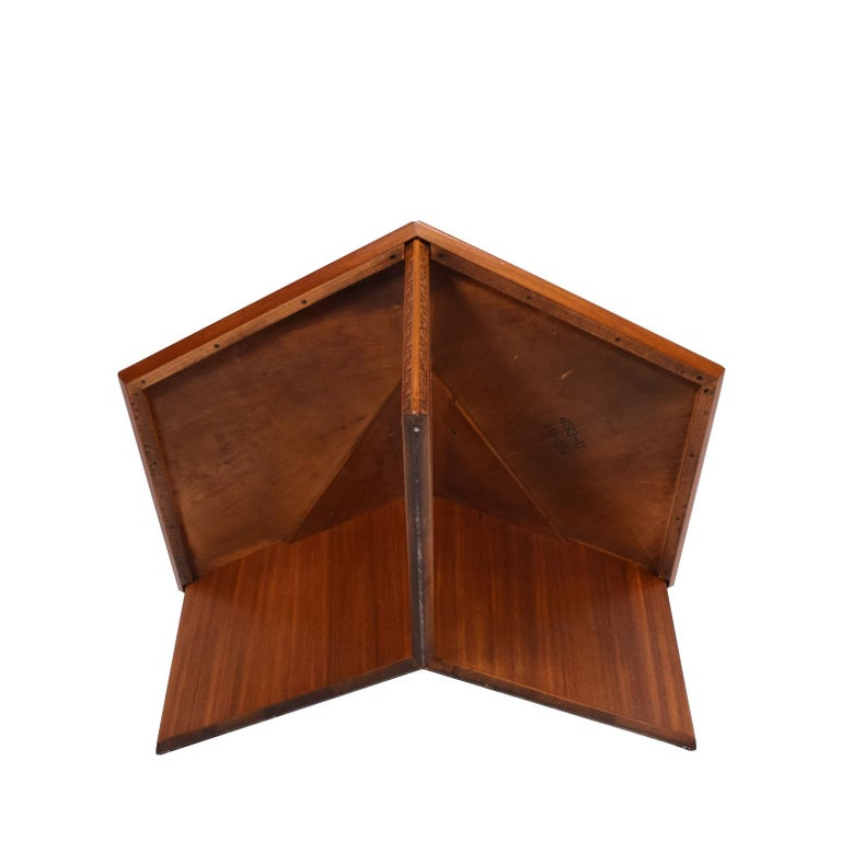 Mid-20th Century Frank Lloyd Wright Hexagonal Coffee Table for Heritage-Henredon For Sale