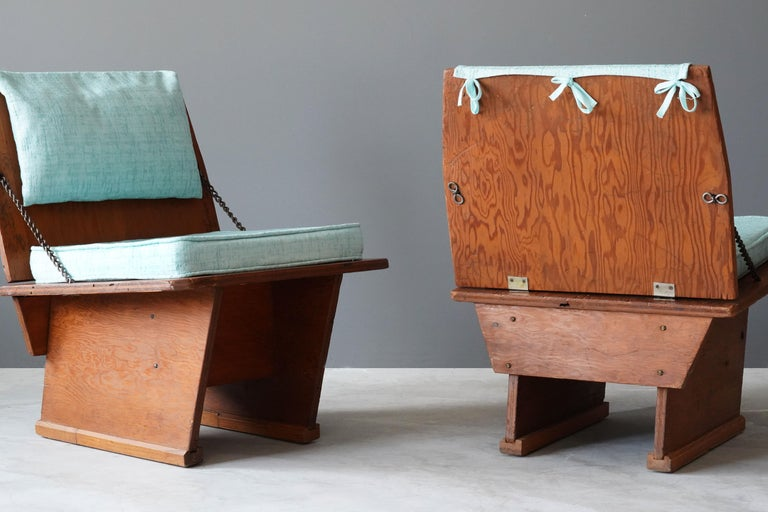 Frank Lloyd Wright Lounge chairs, Unitarian Church, Plywood, Steel, Fabric, 1951 In Good Condition For Sale In West Palm Beach, FL