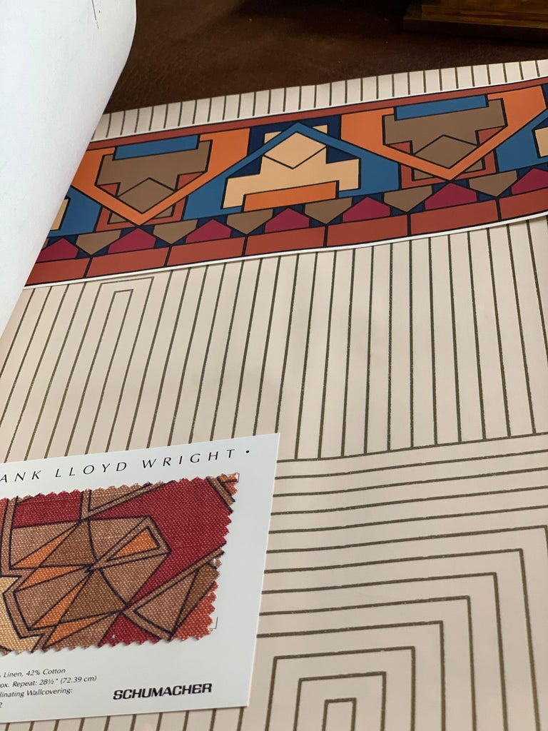 Frank Lloyd Wright Schumacher Wallcovering Fabric Book Catalogue Reference, 1986 In Good Condition For Sale In Brooklyn, NY