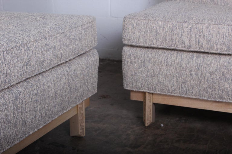 Frank Lloyd Wright Sofa for Henredon In Excellent Condition For Sale In Dallas, TX