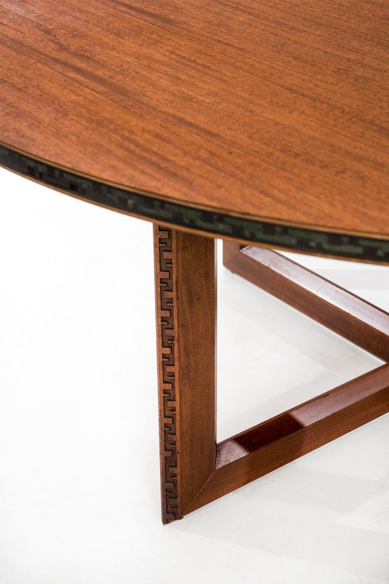 Mahogany Frank Lloyd Wright Taliesin Low Round Dining Table For Sale