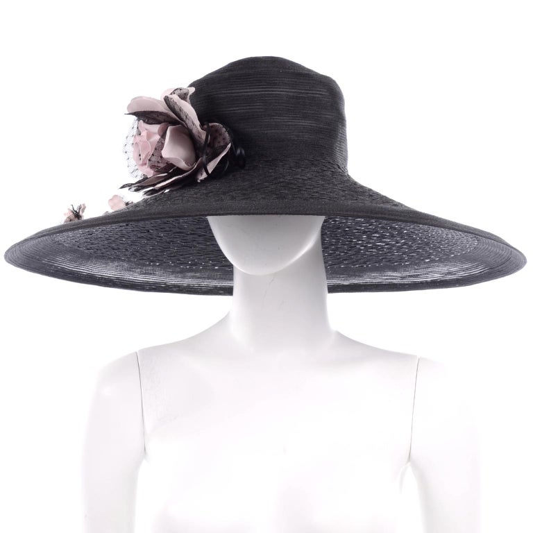 Frank Olive Neiman Marcus Vintage Black Straw Hat w/ Pink Roses & Lace  In Excellent Condition For Sale In Portland, OR