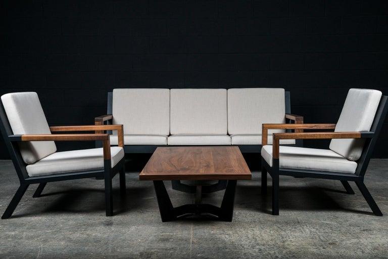 Franklin Coffee Table by Ambrozia, Ebonized Oak, Blackened Steel & Walnut Base In New Condition For Sale In Drummondville, Quebec