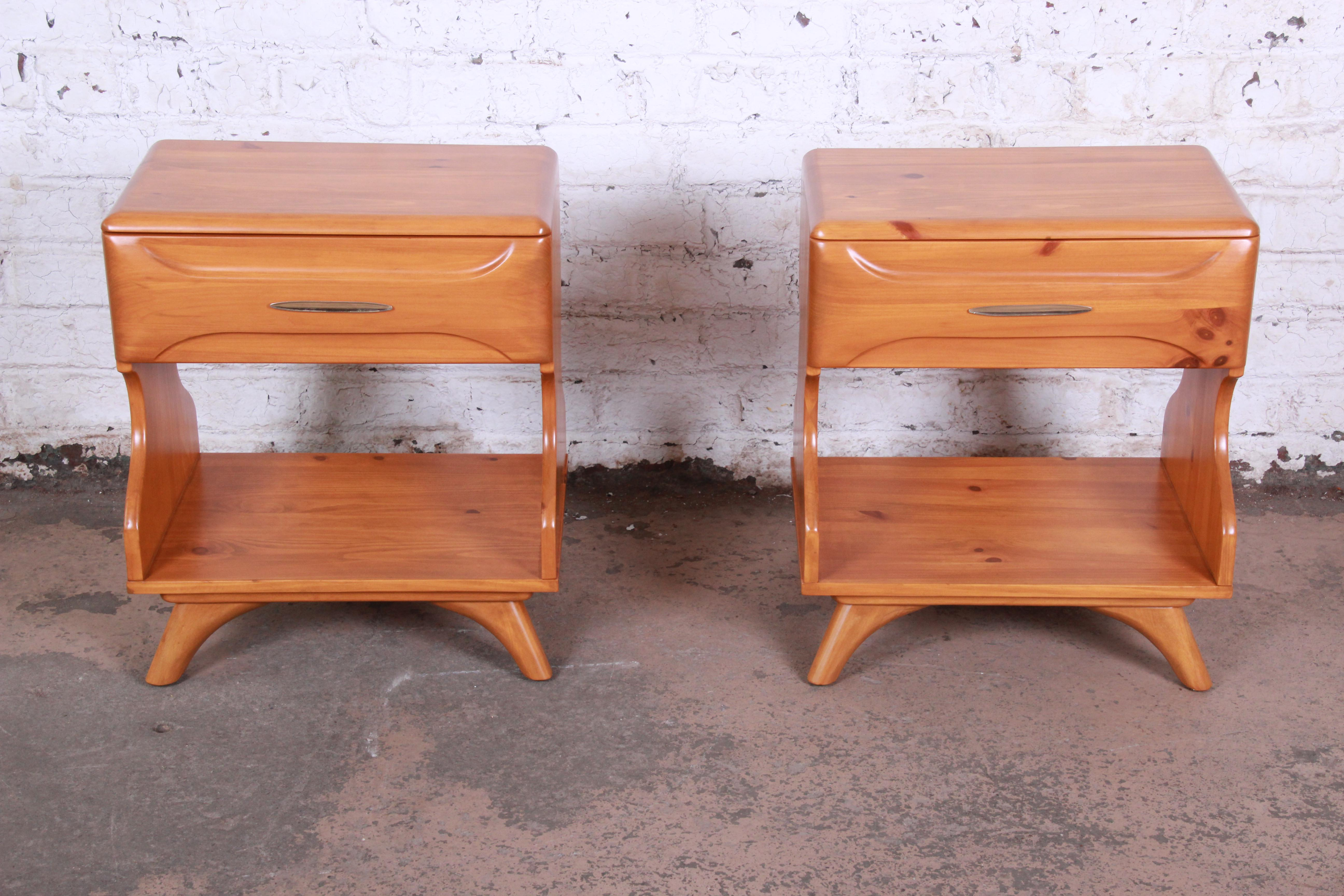 Franklin Shockey Mid Century Modern Solid Pine Nightstands Pair