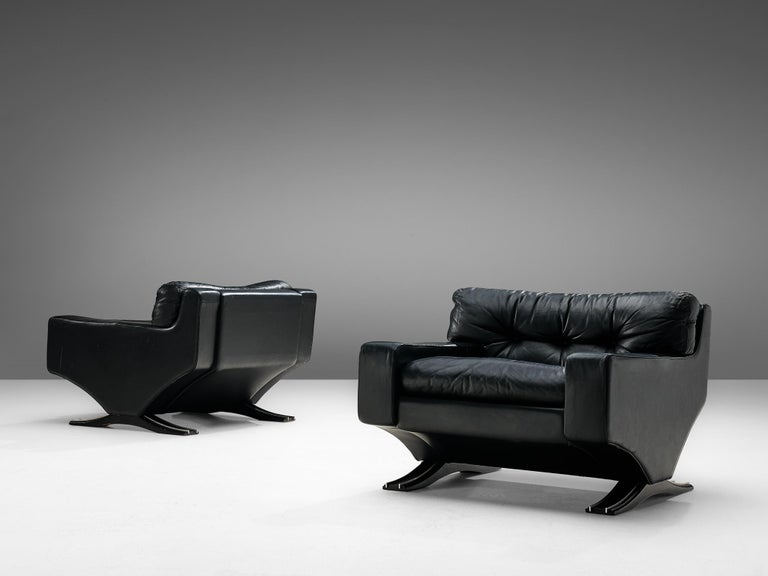 Mid-Century Modern Franz Sartori Pair of Armchairs in Black Leather for Flexform For Sale
