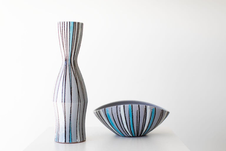 Fratelli Fanciullacci Striped Vase for Ebeling Reuss In Excellent Condition For Sale In Oak Harbor, OH