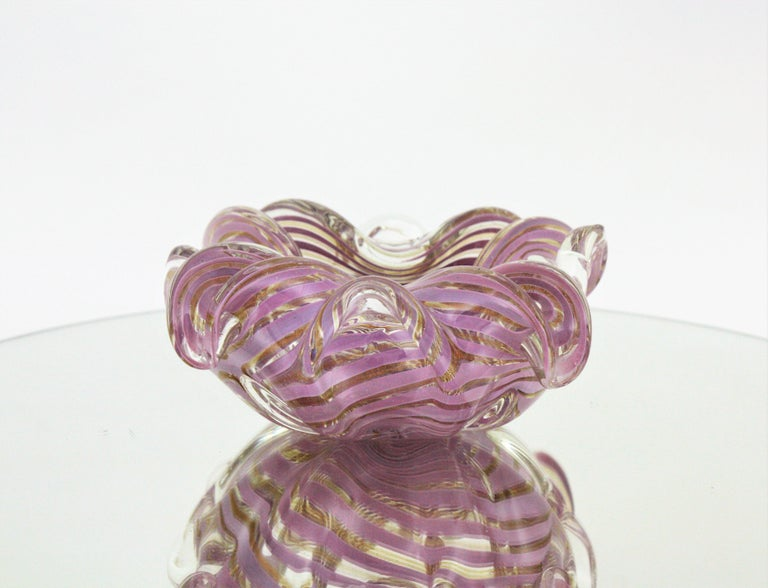 Fratelli Toso Murano Glass Lilac Swirl Ribbons & Gold Dust Large Bowl / Ashtray For Sale 3