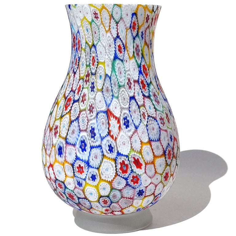 Mid-Century Modern Fratelli Toso Murano Millefiori Flower Mosaic Italian Art Glass Footed Vase For Sale