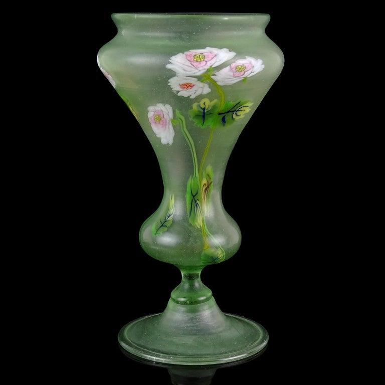 Hand-Crafted Fratelli Toso Murano Millefiori Flowers Antique Italian Satin Art Glass Vase