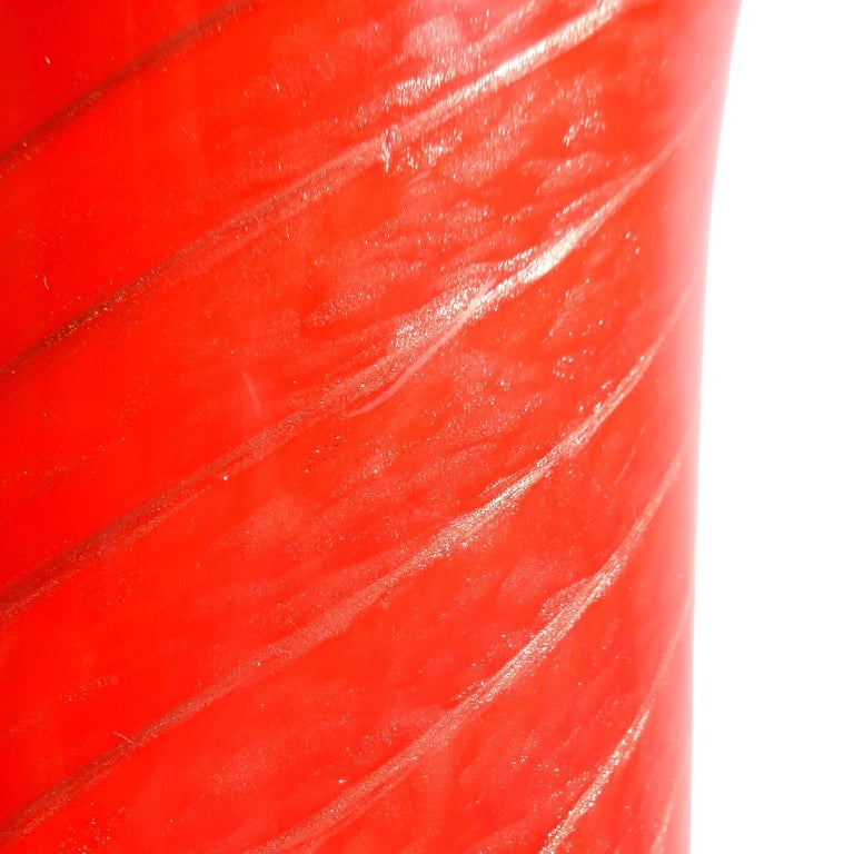 Mid-Century Modern Fratelli Toso Murano Red Aventurine Candy Cane Italian Art Glass Flower Vase For Sale