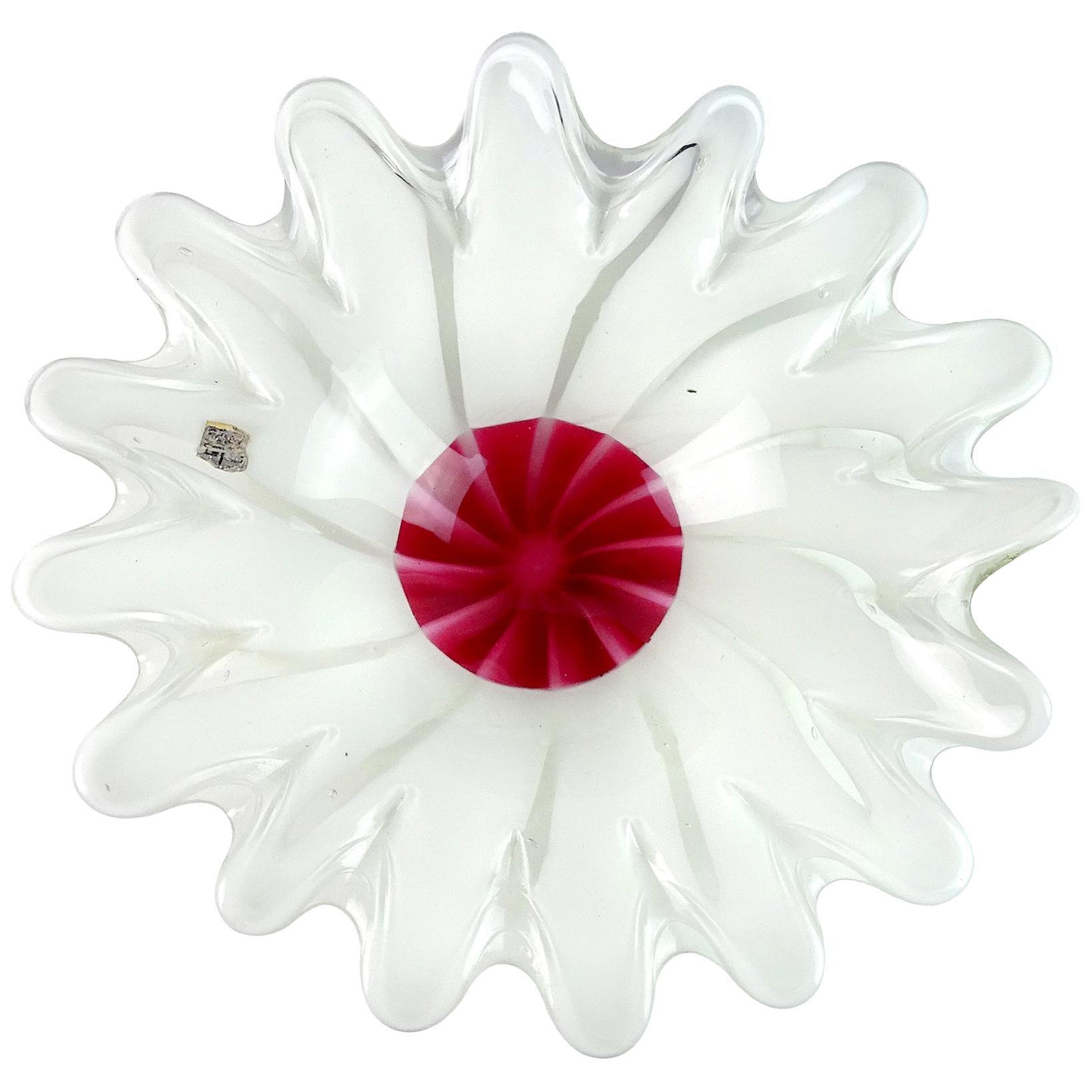 Fratelli Toso Murano White Red Center Italian Art Glass Flower Shaped Bowl