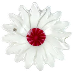 Fratelli Toso Murano White Red Center Italian Art Glass Flower Shaped Bowl