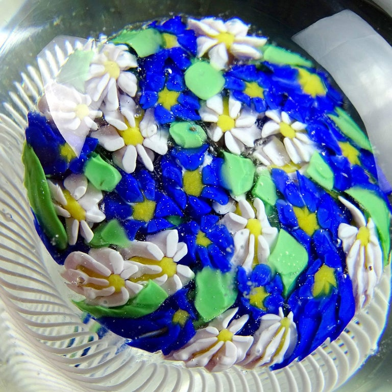 Hand-Crafted Fratelli Toso Murano Wild Flowers Ribbon Basket Italian Art Glass Paperweight For Sale