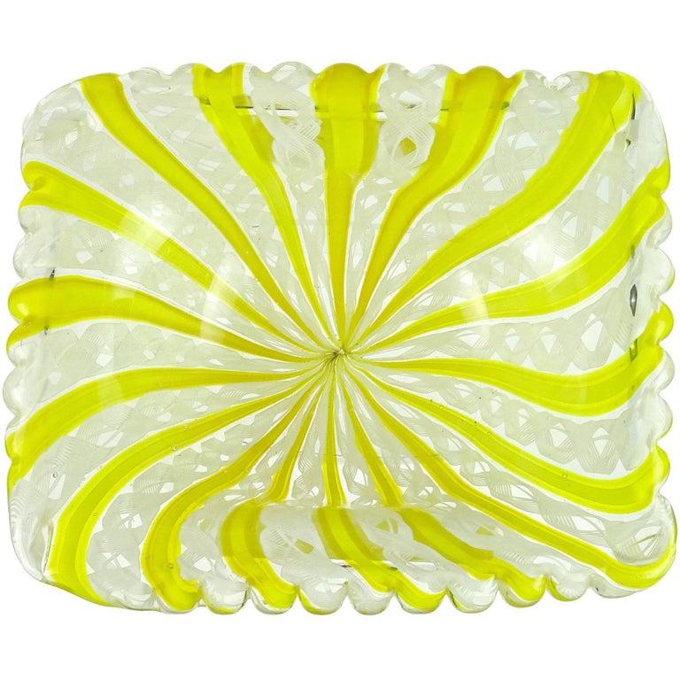 Fratelli Toso Murano Yellow Zanfirico Ribbons Gold Flecks Italian Art Glass Bowl