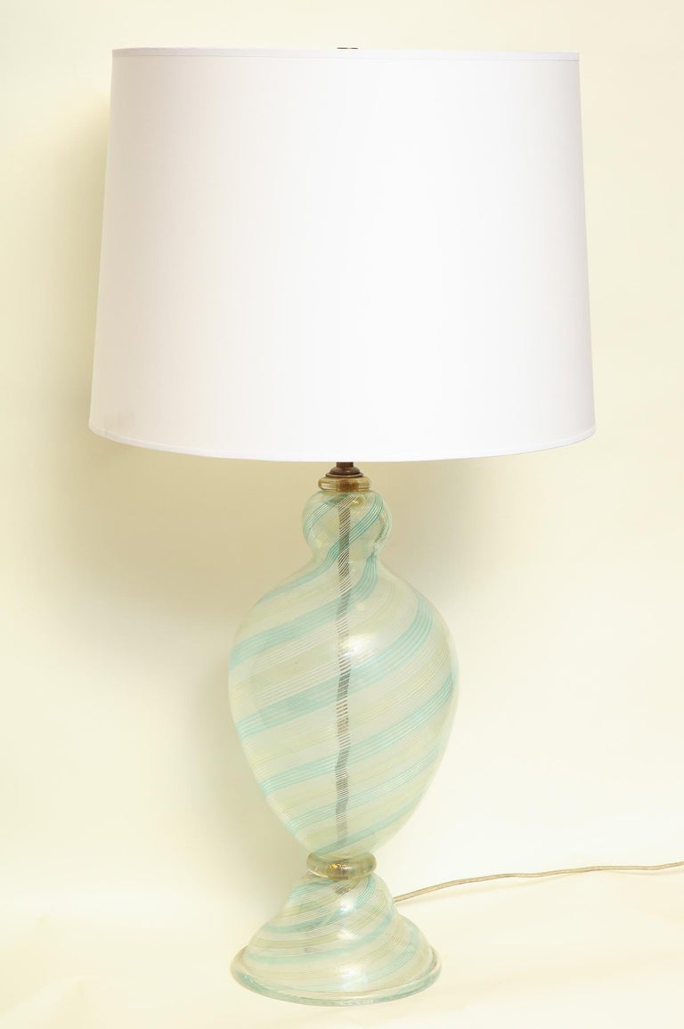 Fratelli Toso table lamp Murano art glass Mid-Century Modern, Italy, 1940s New sockets and rewired shade not included.
