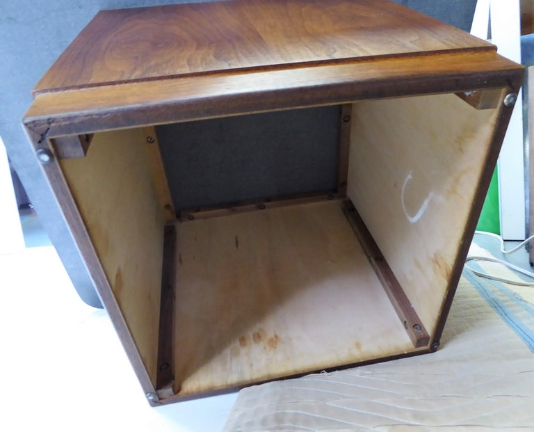Mid Century Slate Top Walnut Coffee Table by Fred Kemp For Sale 11