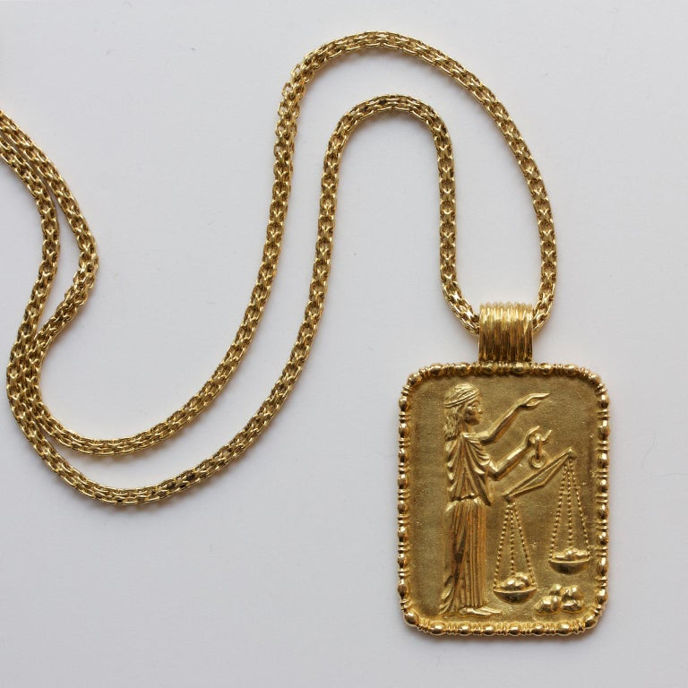 Women's or Men's Fred of Paris Gold Libra Pendant For Sale