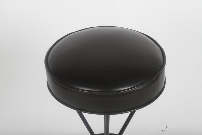 Frederick Weinberg Midcentury Swivel Bar Stool In Good Condition For Sale In St. Louis, MO