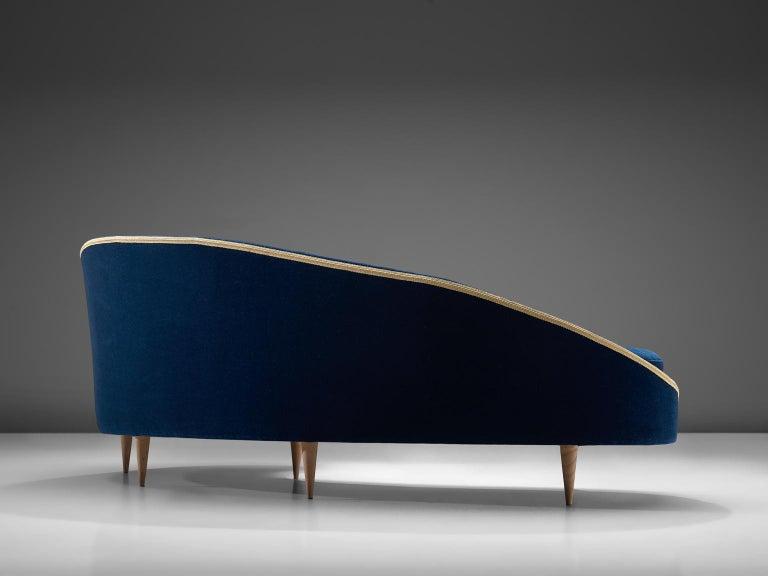 Fabric Frederico Munari Grand Curved Sofa in Blue Velvet For Sale