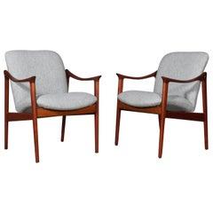 Frederik Kayser Set of Lounge Chairs