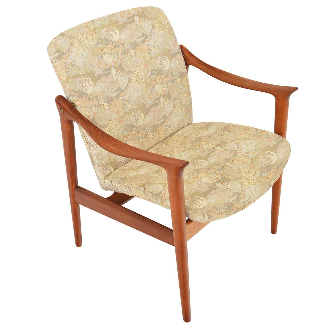 Fredrik Kayser Norwegian Teak Lounge Chair, Produced by Vatne